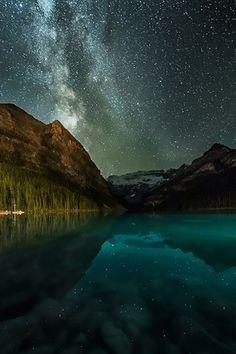 Lake Louise, Alberta Jonathan Tucker