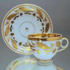 Paris um 1800: Tasse im Empire Stil, Gold, Eichenlaub Prunktasse Biedermeier cup, coffee cup, tea cup, France, Empire, gold