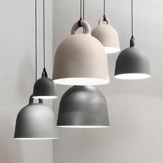 Normann Copenhagen Bell Small hanglamp zwart LIVING AND CO.