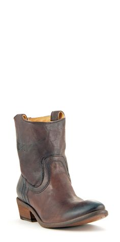 You can never go wrong with FRYE boots! This brown bootie is perfect for fall!
