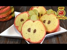 Almás süti - alma alakú és almával töltve / Anzsy konyhája - YouTube Pancakes, Muffin, Cookies, Breakfast, Youtube, Food, Breakfast Cafe, Muffins, Biscuits