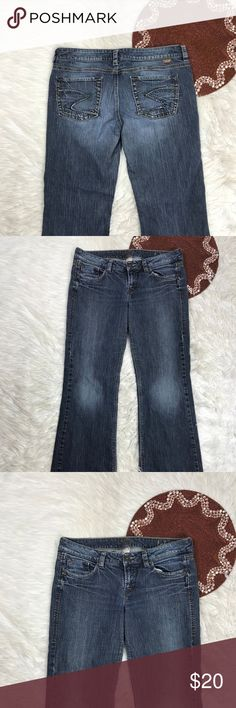 Silver Jeans LOLA Women Sz 32 X 32 Bootcut C7 Pre Owned  * Color(s) may vary slightly from photos  * Refer to photos for detail, photos are considered part of the description Silver Jeans Jeans Boot Cut