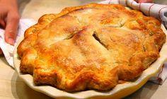 How to make flaky pie crust video: delicious apple pie recipe