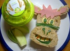 I also made a donkey sandwich with apples and pær yogurt.