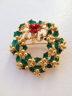Vintage Gold Tone Christmas Wreath Brooch/Pin by ItsallforHim, $10.00