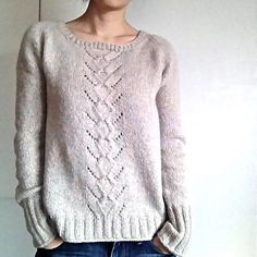 Ravelry: Project Gallery for Mailin pattern by Isabell Kraemer, project by musicomusico Pull femme dentelle Jumper Patterns, Sweater Knitting Patterns, Knitting Designs, Knitting Yarn, Knit Patterns, Knitting Projects, Hand Knitting, Knitting Ideas, Pull Crochet