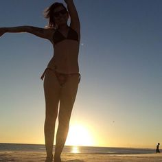 #riodejaneiro #praia-grande #praiagrande #arraialdocabo #pordosol corre lá no blog WWW.vidademi.com Grande, Bikinis, Swimwear, Thong Bikini, Instagram Posts, Blog, The Beach, Traveling, Life