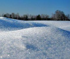 Картинки по запросу хрустящий искрящийся снег