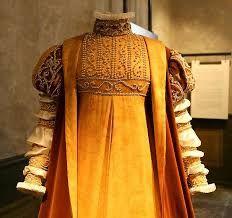 """Résultat de recherche d'images pour """"robes de couronnement"""""""