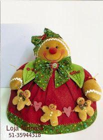 Pattern Christmas warmers at Maker / Master Class Gingerbread Crafts, Christmas Gingerbread Men, Christmas Art, Christmas Projects, Felt Crafts, Christmas Crafts, Christmas Decorations, Diy Crafts, Christmas Ornaments