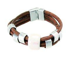 Armband aus dunklem Kork mit Metall- und Keramikelementen: http://www.korkstyle.de/modeschmuck/armreifen/399/armband?c=23