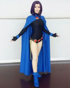 So I recently visited Fan Expo Dallas 2017 (or Dallas Comic Con) and I had a cosplay lineup for all 3 days! Out of those days, my Raven Cosplay got a lot of appreciated attention! Dc Cosplay, Anime Cosplay, Best Cosplay, Cosplay Girls, Raven Cosplay Diy, Scarlet Witch Cosplay, Comic Con Cosplay, Halloween Kostüm, Halloween Cosplay