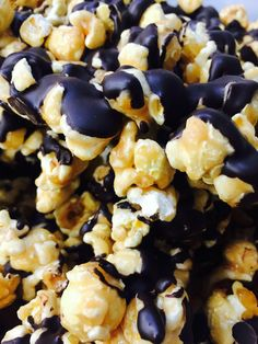 Chocolate peanut butter gourmet popcorn from ipop gourmet popcorn tampa florida White Chocolate Popcorn, Chocolate Cherry, Chocolate Peanut Butter, Peanut Butter Popcorn, Gourmet Popcorn, Snack Recipes, Snacks, Tampa Florida, Food