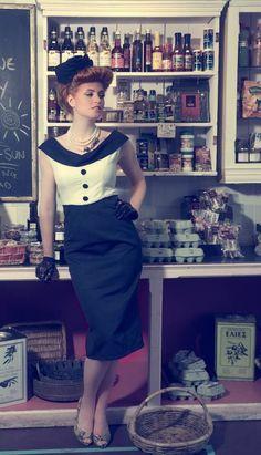 Charlotte and Jane Was haben Audrey Hepburn, Grace Kelly und Jackie O gemeinsam? Sie alle sind für ihre grazile und elegante Kleidung der 50er Jahre bekannt und beliebt. Die Zeit des Rockabilly war schließlich auch eine Zeit von schicken, charmanten … Weiterlesen →