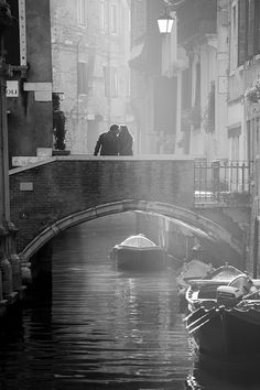 Scenery of Venezia / ヴェネツィアの風景 - Italy Santa Lucia, Black White Photos, Black And White Photography, Monochrom, Venice Italy, Great Photos, Dream Vacations, Street Photography, Beautiful Places