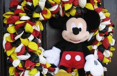 Mickey Mouse Balloon Wreath
