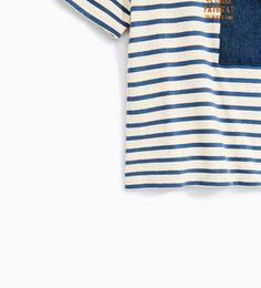 Imagem 5 de T-SHIRT ÀS RISCAS C/ BOLSO da Zara