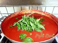 SOS DE ROSII PENTRU PASTE, PIZZA Pasta Recipes, Cooking Recipes, Ketchup, Thai Red Curry, Spinach, Salsa, Deserts, Food And Drink, Canning