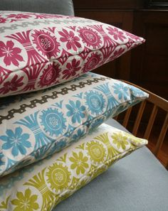 Totally going to do more linocut now I've seen these cushions by Angie Lewin