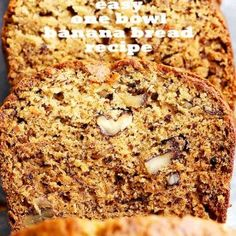 Easy One Bowl Banana Bread Recipe - Easy to make and lightened-up delicious banana bread recipe with crunchy pecans and loads of banana flavor. One Bowl Banana Bread, Banana Bread Recipes, Salsa Verde Chicken Recipe, Delicious Desserts, Dessert Recipes, Crockpot Chicken Healthy, Breakfast For Dinner, Easy Meals, Chorizo Rice