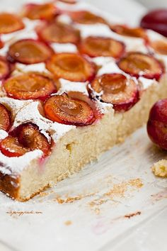Cream cake with plums