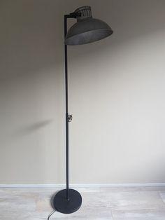 Betaalbaar, stoer, industrieel, Firma Hout & Staal Living Room, Lighting, Holland, Home Decor, Diy Ideas For Home, Ideas, The Nederlands, Decoration Home, Light Fixtures