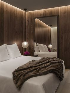 GORGEOUS LIGHTING |  Bedroom in the London Edition Hotel by Yabu Pushelberg & Ian Schrager.