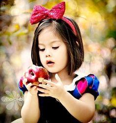 La pequeña blancanieves <3