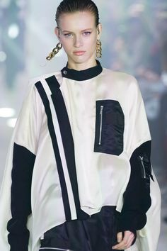Fall Winter, Autumn, The North Face, Fashion Show, Sacai, Womens Fashion, Color, Collection, Tops