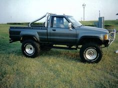 Awesome Toyota 2017: 1987 Toyota Pickup -  Pictures - CarGurus  Cool Trucks and stuff Check more at http://carsboard.pro/2017/2017/01/24/toyota-2017-1987-toyota-pickup-pictures-cargurus-cool-trucks-and-stuff/