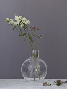 Skrufs Glasbruk - Pallo Vase