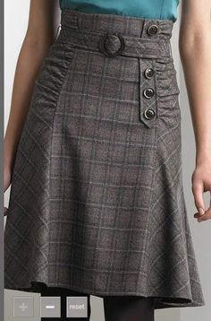 A kilt inspired wool skirt. Skirt Outfits, Dress Skirt, Cool Outfits, Dress Up, Retro Fashion, Womens Fashion, Winter Skirt, Mode Inspiration, Sewing Clothes