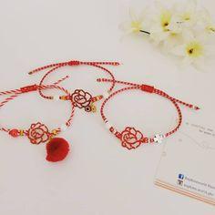 """Μαρτακια & τριαντάφυλλακια ταιριάζουν τόσο πολύ.! ❤️ . #handmade #fashionaccessories #bracelets…"""" Sophie's World, Red, Handmade, Jewelry, Hand Made, Jewlery, Bijoux, Schmuck, Craft"""