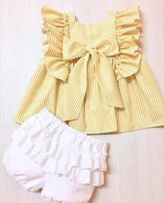 Baby Dress Design, Baby Girl Dress Patterns, Baby Clothes Patterns, Cute Baby Clothes, Little Girl Dresses, Baby Girl Fashion, Kids Fashion, Couture Bb, Baby Frocks Designs