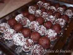 Bilute de biscuiti Romanian Food, Sweets Recipes, Summer Recipes, Nutella, Tiramisu, Biscuits, Raspberry, Muffin, Good Food