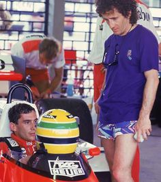 Ayrton Senna and Alain Prost, when they were together in the McLaren team. Alain Prost, Parkour, Sport Cars, Race Cars, Jochen Rindt, Gp F1, Nigel Mansell, Formula 1 Car, F1 Drivers