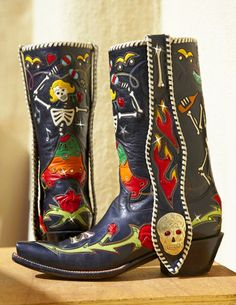 Rocketbuster, the finest Handmade Custom Cowboy Boots. Family owned, handmade in TEXAS,shipped worldwide.Spaceage vintage style for folks who just ain't boring! Custom Cowboy Boots, Custom Boots, Cowgirl Boots, Western Boots, Western Wear, Manga Clothes, Boho Shoes, Cowgirl Chic, Painted Clothes