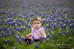 Chelsea Lietz Photography will be offering bluebonnet portrait mini sessions again this year on March 20, 23, and 25.