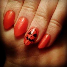 http://instagram.com/selinatarn103 #halloween #halloweennails #pumpkin #pumpkinnails #dynia #paznokcie #stilletos #stilletonails #orange #orangenails #nails #nailart #nailpolish #cute #whatsmyname #rihanna #pomaranczowe #palce #lol #swag #kiss #scary #afterschool #yolo #polishgirl #polska #americangirl