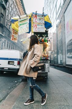 Manhattan-Beige_Cardigan_ASOS-Ripped_Jeans-Billabong_Tee-Superga_Sneakers-Outfit-StreetSTyle-Collage_Vintage-NY-17