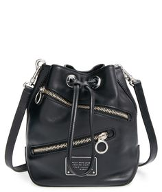 Tap into the bucket bag trend with this edgy, zipped-up Marc Jacobs crossbody that's sure to lend some street-chic appeal to any look.