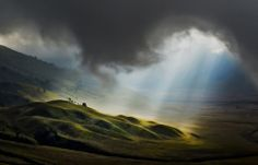From the 66 most incredible photos of the 2013 National Geographic's contest