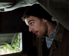 29 GIFs of Theo James aka. Tobias Eaton aka. Four aka. Hottest Man Alive | 29secrets