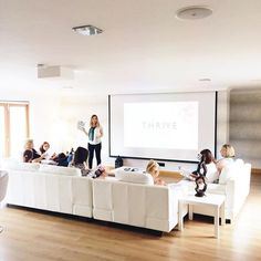Our first session! We talked about confidence and creating a businesses that serves you and allows you to be your best self. I am already so excited about these incredible women! #thriveretreatlondon #photographyworkshop #thriveyourlife #girlboss #speaker #bossbabe #workshop #retreat #conference