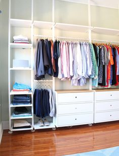 IKEA has several custom closet organization systems including the ELVARLI (featured here), ALGOT, and PAX that are great for making the most of any size closet. Want more design ideas for small spaces? Head to the Mix & Match blog! #ikeabedroomideas