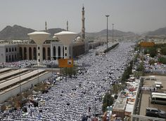 Tens of thousands of Muslims defied the scorching sun to perform prayers in Arafat during the annual Hajj pilgrimage yesterday