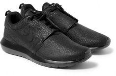 """059ee8504efa More Images Of The Nike Roshe Run NM """"Black Safari"""" Liner Socks"""