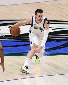 Basketball Photography, Game 4, Dallas Mavericks, Basketball Court, Magic, Rock, Photo And Video, Wallpaper, Sports
