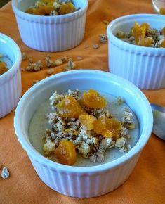 Gâteau à la banane microondes - un brin de......tulipe_isa Brin, Oatmeal, Breakfast, Desserts, Food, Tulip, Recipes, The Oatmeal, Morning Coffee