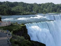 Niagara Falls! Always wanted to go. Definitely want to take a megabus trip to NY one day and see the falls #WanderlustFTW